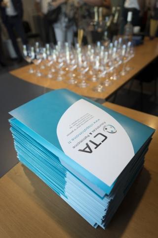 Pochettes commerciales CTA - Reportage photo de l'inauguration de l'agence