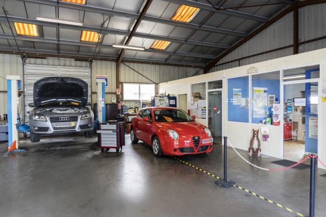 Saintonge Dépannage Transports - atelier