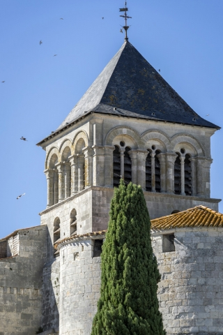 Ville de Chaniers - Eglise Saint Pierre